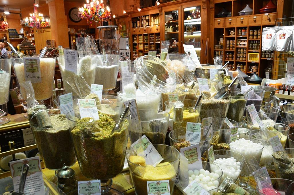 sklepik z przyprawami w Nicei